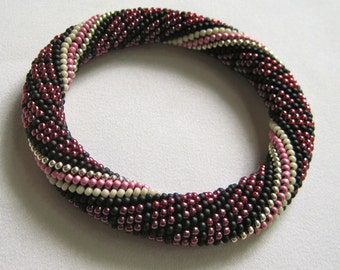 Bead Crochet Bangle Pattern:  Kaleidoscope Bead Crochet Bangle Pattern