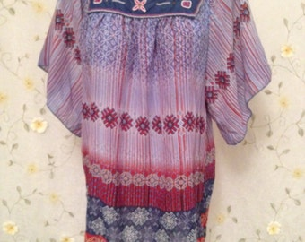 MEDIUM, Hippie Bohemian Embroidered Top