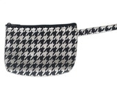 Black and White Houndstooth Makeup Bag