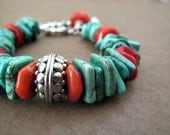 Chunky Southwest Bracelet Turquoise Coral Graduated Beaded Jewelry Across the Border Collection