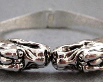 Vintage Silver Tone Metal Twin Long Life Dragon-Heads Bangle Bracelet  T2406