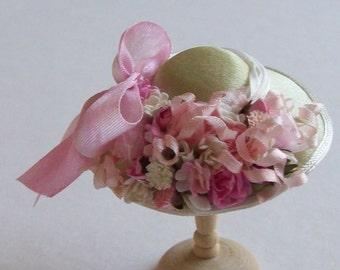Pretty 1/12 scale handmade dollshouse miniature pale green silk satin flower hat