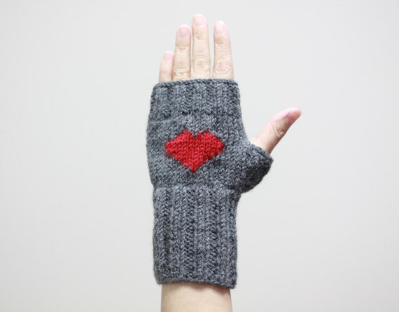 Heart Knit Gloves / Valentines Day Gift, Women Fingerless Gloves, I Love You, / Grey Gloves, Arm Warmers, Gift For her, Under 25