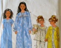 Simplicity 8488 Girls 90s Robe Pajamas Nightgown Sewing Pattern Breast 22
