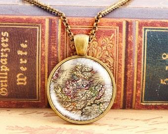 Scottish Highlands - Vintage Necklace