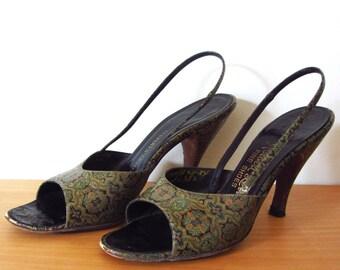 vintage 60s designer Herbert Levine hand painted pumps open toe 7