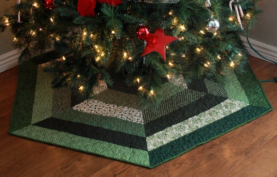 Quilted christmas tree skirt reversible