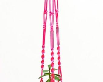 "Garden Decor ~ Garden Decoration ~ Macrame Plant Hanger 40"" (1m) ~ Yard Garden Art ~ Garden Hanging Planter ~ Outdoor Decor ~ Gardener Gift"