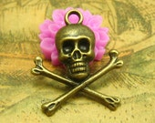 20 pcs Brass Jolly Roger Charms Skull and Crossbones 20x20mm CH1843