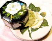 Take 20% Off Pair WHITE ROSES Tins