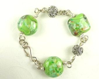 Bracelet Green Lampwork Beads