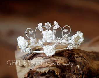 Baby Girl Crown, Newborn Flower Crown, Silver Baby Crown, Maternity Photo Prop, Newborn Photo Prop, Flower Baby Crown, Baby Girl Prop