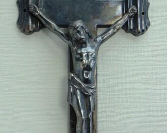 Elgin Crucifix 1960's Nice