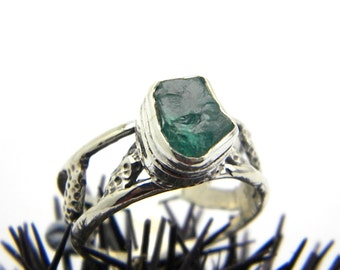 Raw apatite silver ring, cut out band, rough green blue apatite crystal, gemstone ring, handmade sterling silver ring