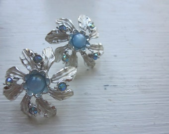 Beautiful Silver, Blue 1950s Pierced Stud Earrings, Silver Flower, Blue Moonstone, MINT condition