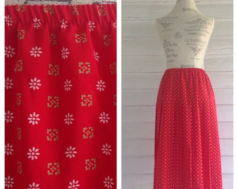Vintage Red Accordion Skirt w Gold Retro Pattern