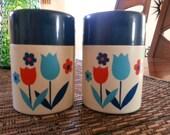 Vintage Spring tulip flowers salt and pepper shakers red blue