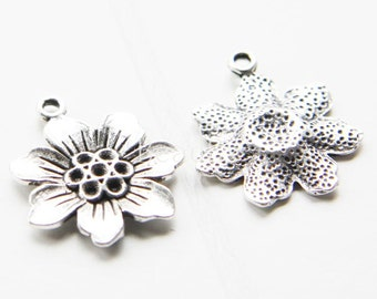 10 Pieces / Flower / Oxidized Silver Tone / Base Metal / Charm (Y710//A137)