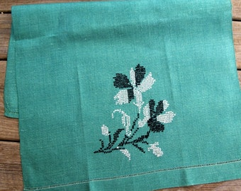 Vintage Green Embroidered Linen Flower Kitchen Tea Towel