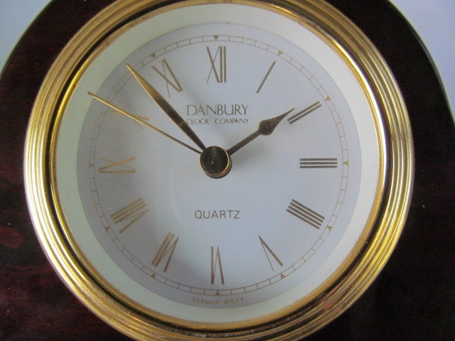 Danbury Quartz Mantel Desk Clock German Movement Time Has Made