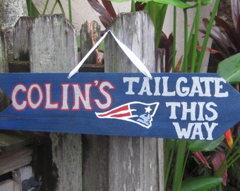 CUSTOM SIGN IDEAS  Tailgate Directional Arrow Sign for Party--Got An Idea? Just Ask Me!