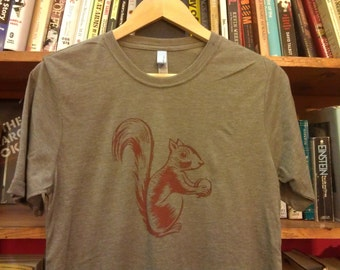 Sneaky Squirrel Screen Printed T-Shirt Cute Tandy