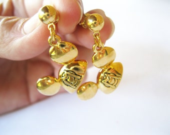 Napier Disney Mickey Mouse Hat Earrings Dangle Posts Vintage Gold Toned Figural
