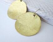 Large brass earrings,  hammered brass earrings, gold metal earrings, round earrings