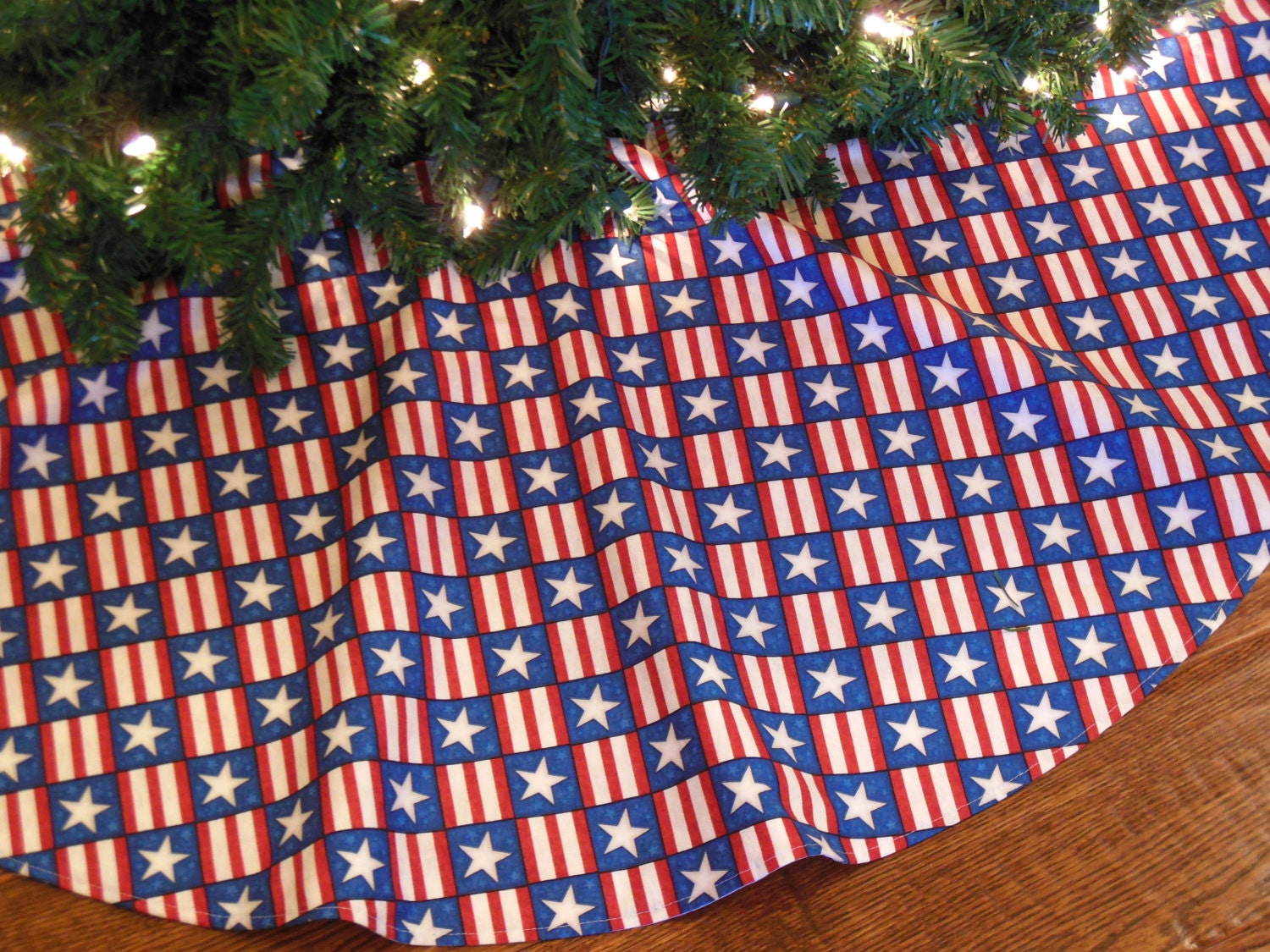 Patriotic christmas tree skirt with stars and stripes usa