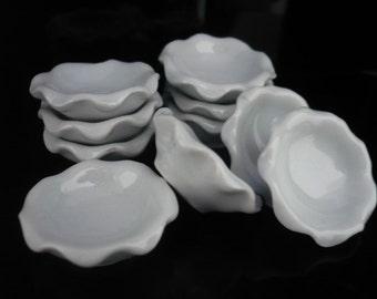 4x 2.50 cm. White Salad Bowl Scalloped Edge Dollhouse Miniature Kitchenware Jewelry Food