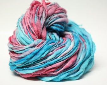 Handspun Wool Yarn Thick and Thin Slub  tts(tm) Merino Hand dyed Half-Pounder xxLR 35a