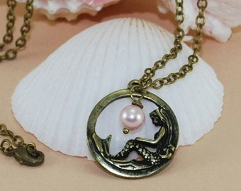 Mermaid Necklace ~ Swarovski Pink Pearl ~ Beach Gift ~ Mermaid Gift ~ Beach Accessory ~ Mermaid Accessories ~ Beach Wedding Favor