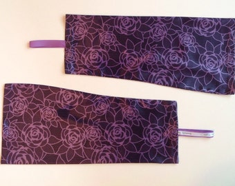 MEDIUM Dammsilly Powerlifting Sleeve Slippers, Purple Lace Print