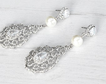Victorian style crystals pearl chandelier earrings. Bridal dangle crystals earrings. Wedding stud pearls earrings. Homemade earrings.