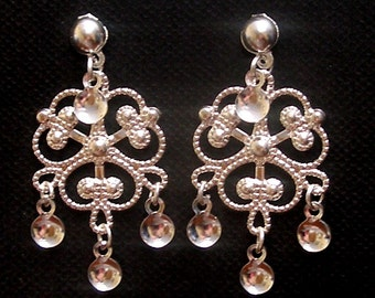 Lindel - Traditional Norwegian Fancy Clover Filigree Solje Style Earrings with Silver Drops on Silver Plated Ball Posts
