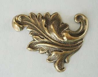 2-Leaf Ox  Brass Stamping  Antiqued Brass Leaf Flourish Scroll Jeewelry Findings.