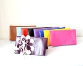 Clutch // Clutch Purse, Fold over, Leather clutch,Bridesmaid Gift, Travel Makeup Bag, Gift for Her, Mom, Girlfriend, Wife