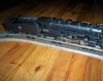 "Vintage AHM 3 Rail ""O"" Gauge 0-8-0 DTI Switcher Engine and Tender"
