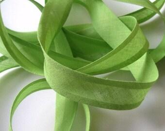 10m x 25mm bias binding tape, willow spring green