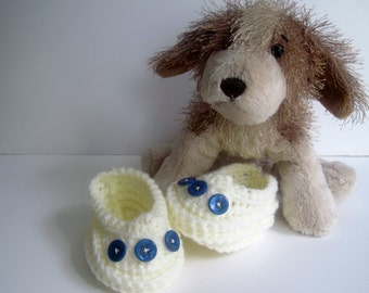 Crochet Baby Booties - Vanilla Cream Off White with Blue Button - Newborn to 3 Months