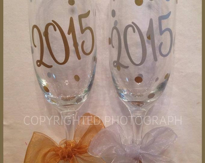New Year's Eve 2018 2019 2020 2021 2022 CHAMPAGNE FLUTE Toasting Midnight New Years Party Polka Dots Toast