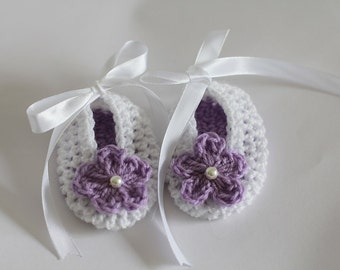 Crochet Baby Girl Booties  Newborn, 0-3 Months Baby Girl White Lavender Baby Shower Gift