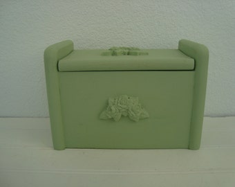 Vintage Wood Recipe Box - Shabby Chic - Painted Cottage Green - Farmhouse Decor - Jadeite Kitchen - Carved Roses  Romantic Country - Wedding