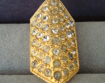 DRESS CLIP, no makers mark, 1 1/4 inch long. very much a haut couture look