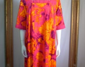 Vintage 1960's Liberty House Magenta/Purple & Orange Floral Print Hawaiian Syle Dress - Size Large
