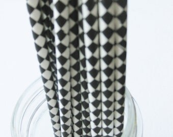 25 Paper Black and White Harlequin Drinking Straws - Free Printable Straw Flags