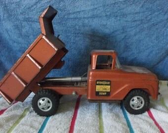 Vintage 50s Tonka Hydraulic Dump Truck