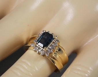 Sapphire and Diamond Ring 1.47Ctw yellow gold 14K 4.8gm Size 6.75 Wedding Ring