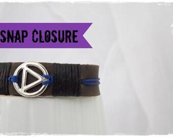 Sobriety Bracelet, Leather Recovery Bracelet, Men's Leather Bracelet, AA Bracelet Cuff, Alcoholics Anonymous Bracelet Cuff, Serenity Cuff