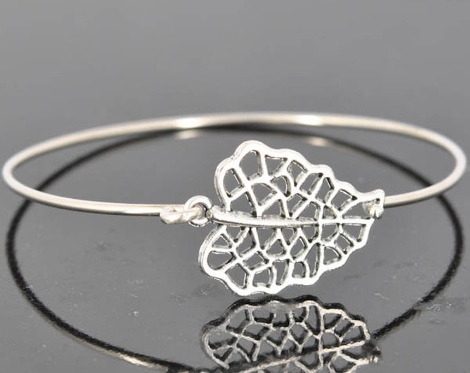 Leaf Bangle, Sterling Silver Bangle, Leaf Bracelet, Stackable Bangle, Charm Bangle, Bridesmaid Bangle, Bridesmaid jewelry, Bridal Bracelet